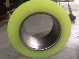Dịch vụ bọc cao su cho bánh xe nâng điện giá rẻ tại Bắc Ninh