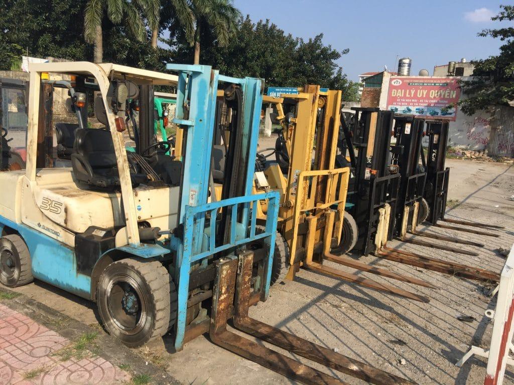 Cho thuê xe nâng hàng tại Hà Nội